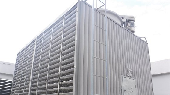 冷却塔メンテナンス