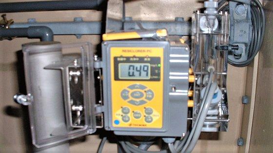 自動残留塩素濃度計